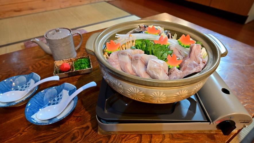 ・フグ鍋/ふわっととろけるような食感、濃厚な味わいをお楽しみいただけます。
