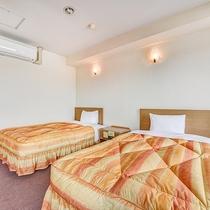 *【別館ツイン】シングルベッドを2台設置。お友達やカップルなど様々な方にオススメ。