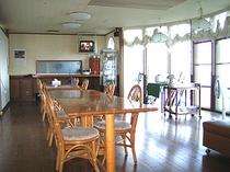 食堂の画像です