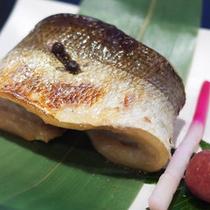 【夕食一例】獲れたて若狭の魚介類&吟味された新鮮食材をご堪能下さい。