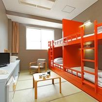 二段ベッドが2組ある二段ベッド客室