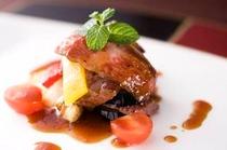 料理-肉料理イメージ-