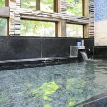 温泉浴場 アップ1