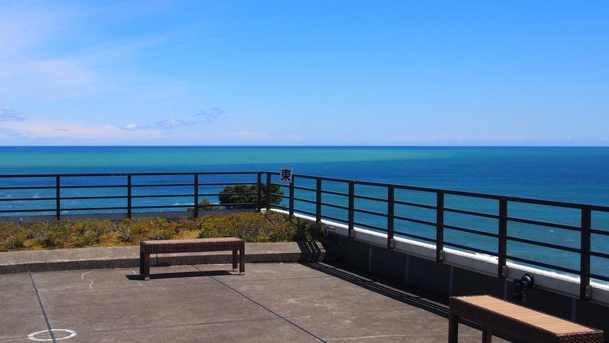 空と海のテラスから見る景色