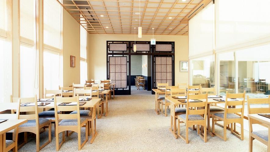 13階日本料理レストラン「隨縁亭」