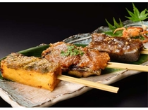 会津を代表する郷土料理のひとつ「味噌田楽」。別注料理としてご用意しております。日本酒にぴったり。