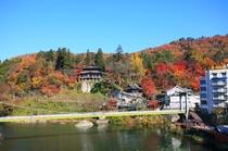 福満虚空蔵尊圓蔵寺(柳津町)日本三大虚空蔵尊の一つ。もみじが美しい秋。近くには斎藤清美術館もあります