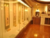 ●ロビーに併設の竹久夢二ギャラリー どなた様も無料でご覧いただけます。