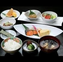朝食『越後の朝膳』イメージ◆ご飯とお味噌汁はお代わり出来ます。