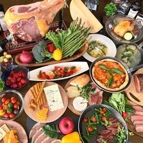 プロシュート・チーズ・海鮮焼き・天ぷら・ザンギなど豊富なメニュー!