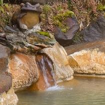 *【露天風呂:女湯】地元の方々からも愛されている良泉です。