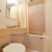 *【客室一例:本館和室8畳】トイレのみ使用可能です。※お風呂はご利用いただけません。