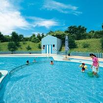 *お子様向けサービス/ミニ・プティクラブでは専用プールをご利用頂けます。