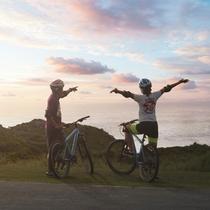 *マウンテンバイク/夕日を眺めながら、仲間と楽しくサイクリング!