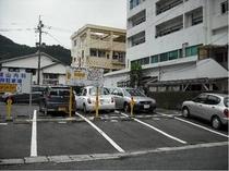 ウエストコート奄美宿泊者用駐車場