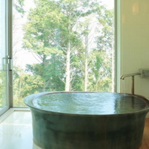 源泉かけ流し客室露天風呂1