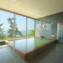専用温泉からかけ流す天然温泉大浴場