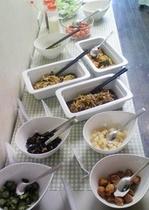 朝食バイキング・サンプル:サラダ・漬物コーナー_2