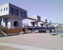 岡谷湖畔公園・釜口水門