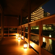 〓静かな海とホテルニューアワジの夜景〓