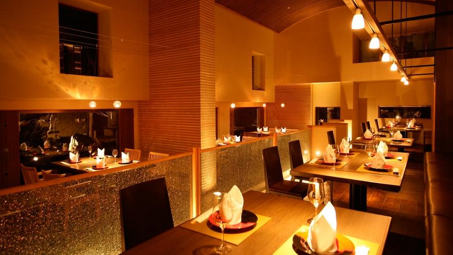 【メインダイニング 旬房「淡悦」】島の四季折々の食材を使った品の数々をお客様にあわせて一品ずつ提供。