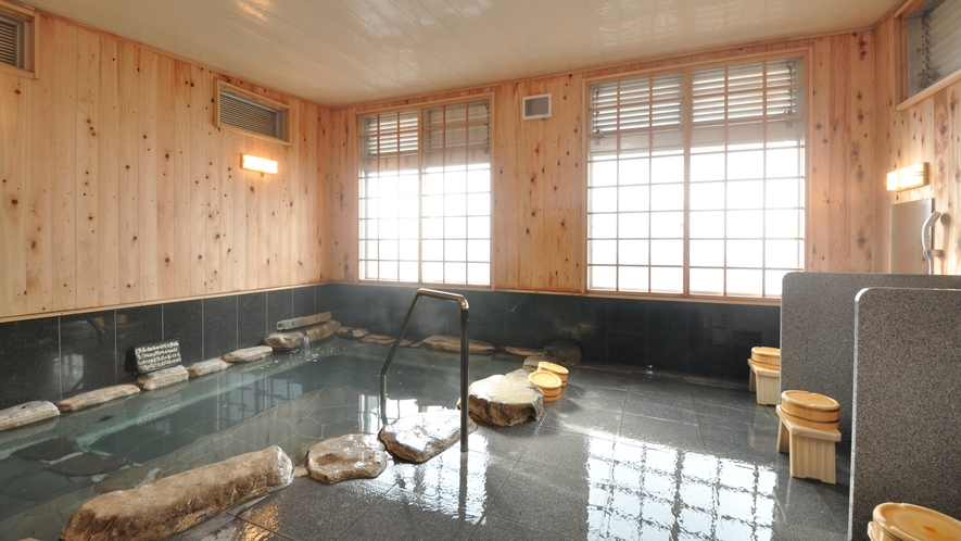 【内湯】ひのきの内風呂