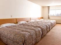 1部屋、最大5名様までご宿泊可能。加湿器をご希望の場合はご予約時にお申し付けください