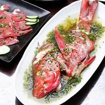 *【料理一例】魚のマース煮。柔らかい身に特製ソースで召し上がれ!