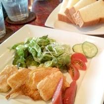 *朝食一例/美味しい琉球料理