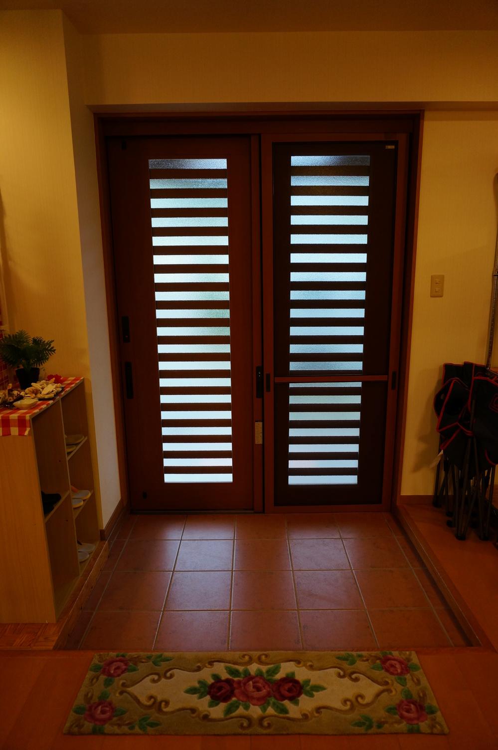 「別館」玄関1