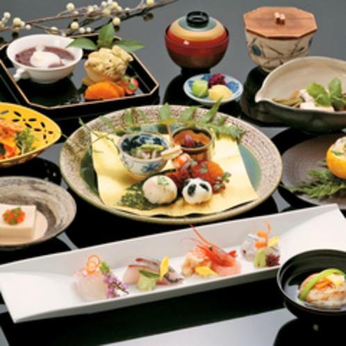 盛り付け・器にも日本料理の繊細な技なひかります。