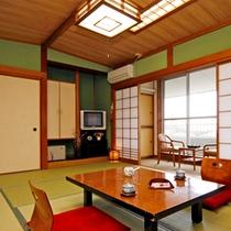 和室10畳のお部屋タイプです。