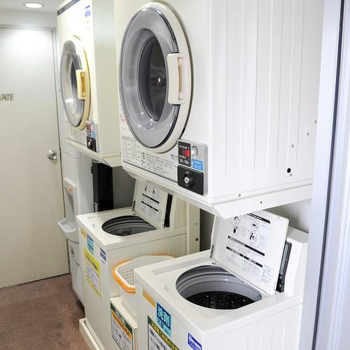 コインランドリー(6階)1回¥300 洗剤不要。乾燥機1回¥100