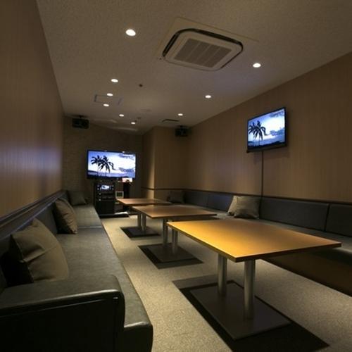 カラオケ Room A