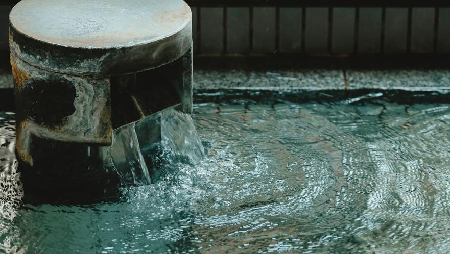 豊富な湯量を活かした源泉かけ流し温泉