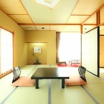 【天花亭客室】当館はすべてのお部屋の間取りが異なります。天花亭はユニットバスですが天然温泉です。(撮