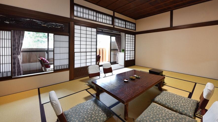 ・【数寄屋風客室12畳一例】 ノスタルジックな風情を感じるお部屋
