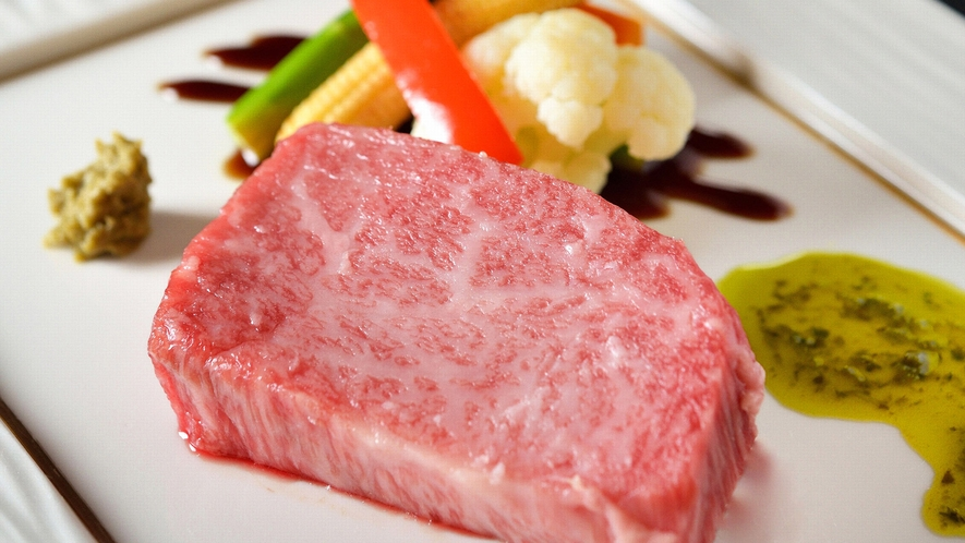 ・【松阪牛ステーキ一例】世界に誇る三重ブランド「松阪牛」をご賞味ください