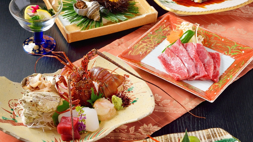 ・【夕食一例】伊勢海老、伊勢牛など三重の味覚をご堪能ください