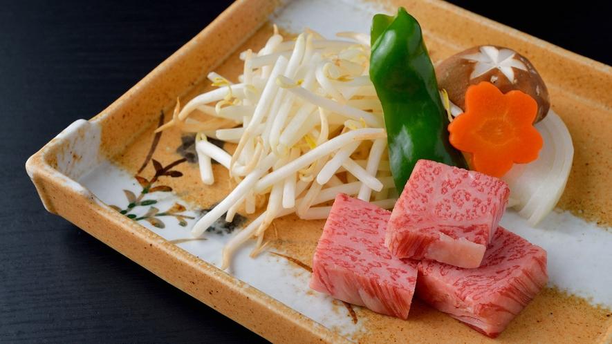 ・松阪牛は、三重県が誇る国産牛最高峰のブランド牛
