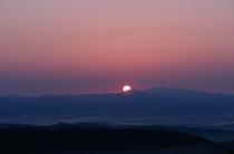 阿武隈山系からの朝焼け