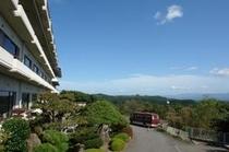 ながめの館〜光雲閣〜安達太良山の麓にあり、正面には阿武隈山系が一望