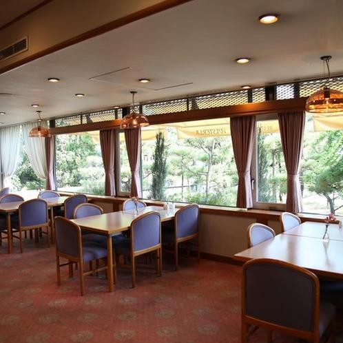 レストラン「ウイステリア」