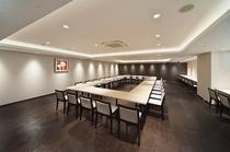 2F会議室(ロの字形式)