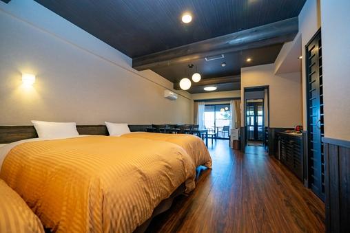 【新館】広い露天風呂付洋室 58m2 4ベッド庭付 ペット可