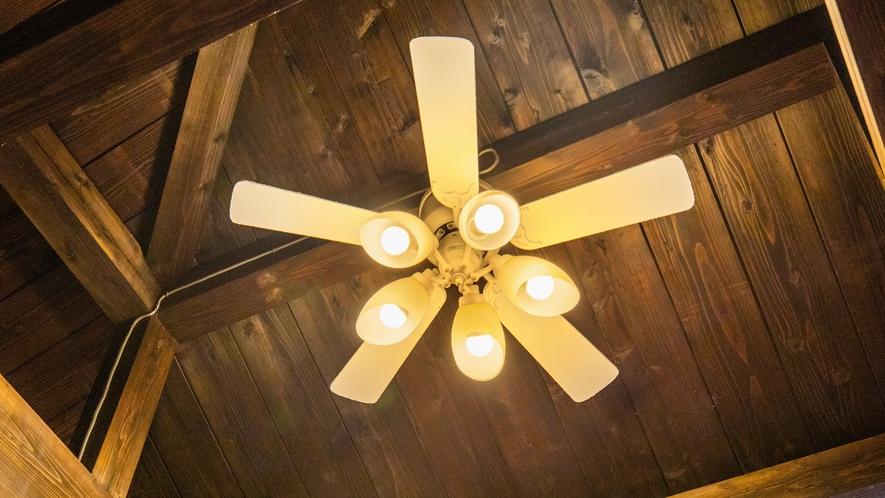 客室内照明