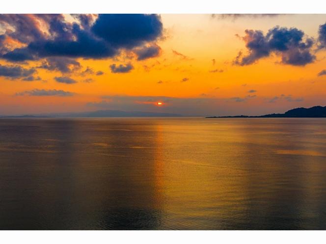 名蔵湾 夕日