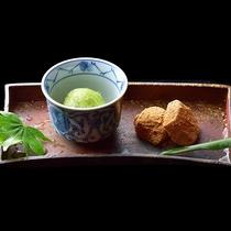 【2020年夏】デザート 青紫蘇のシャーベットと水羊羹