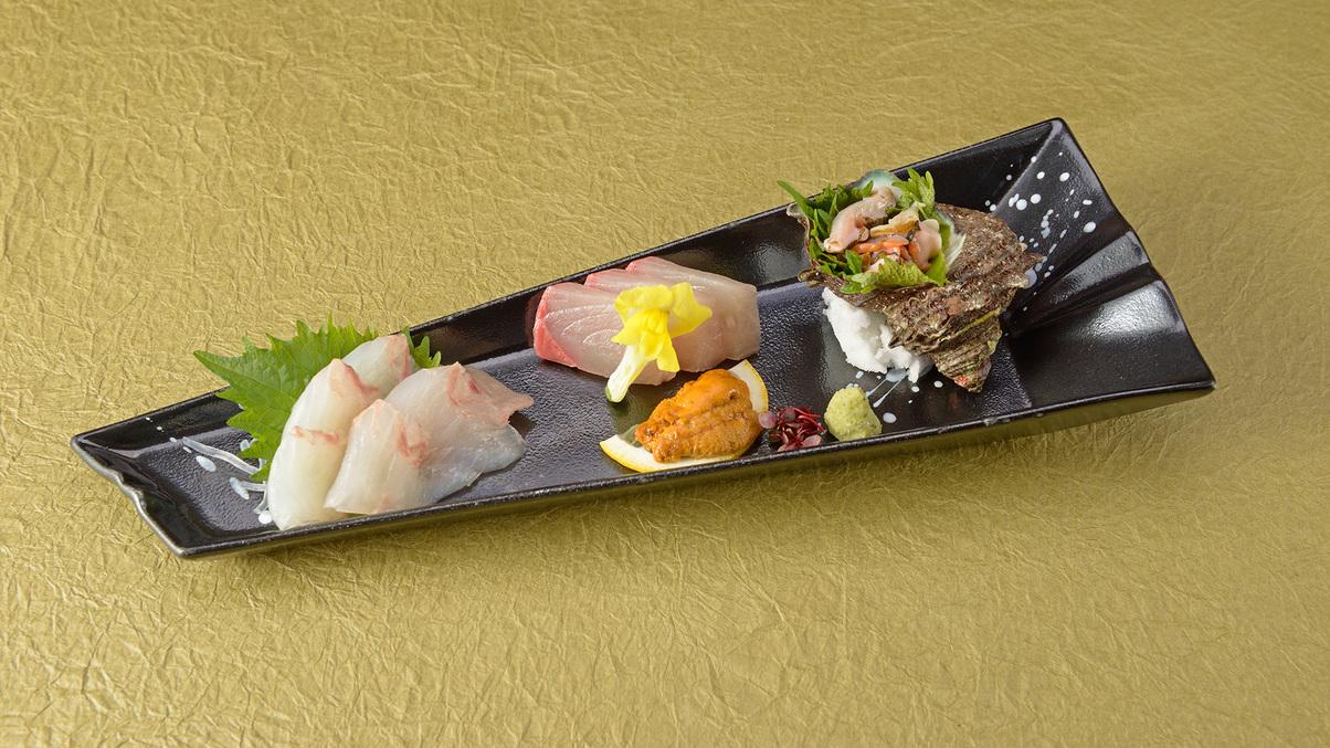 *【夕食一例】量より質会席/お造り。新鮮な海の幸をご堪能下さいませ。