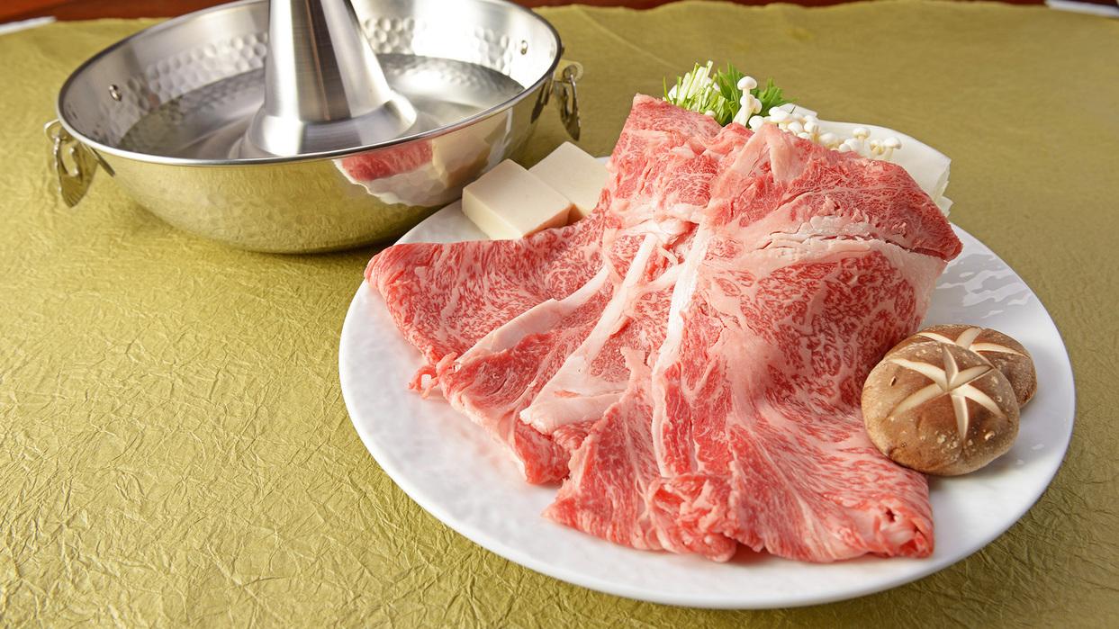 *【夕食一例】伊万里牛A5ランクしゃぶしゃぶ。霜降り肉の柔らかさと、きめの細かさは間違いナシ!